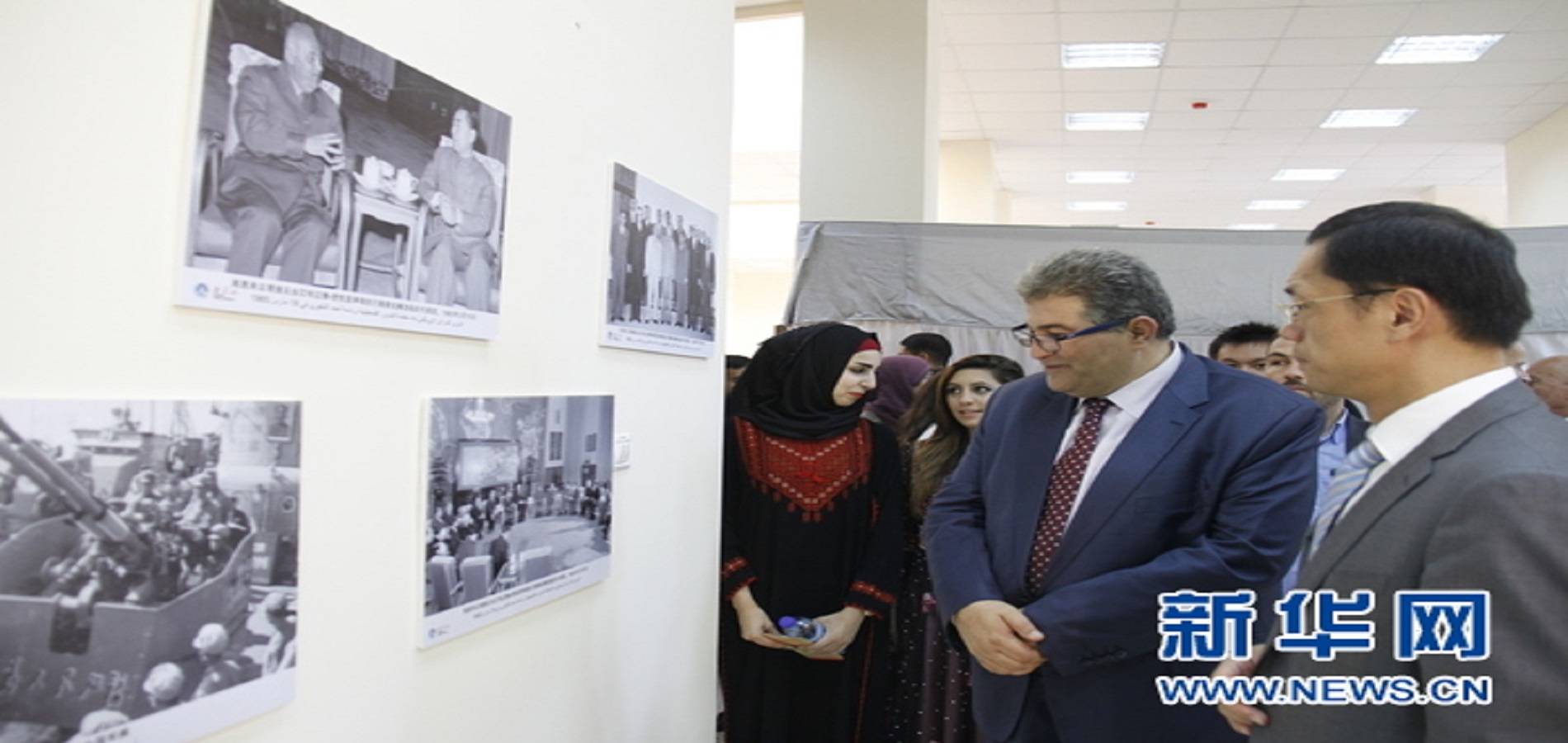 Al-Quds University sponsors photo gallery on China on September 15, 2018